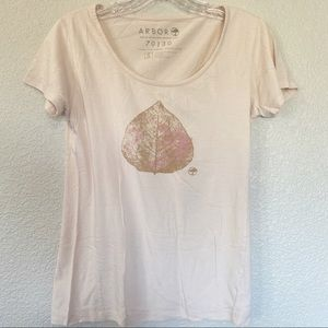 Arbor Pink Leaf Graphic T-shirt Small